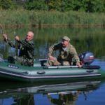 Надувная лодка для рыбалки и ее комплектация